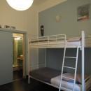 Chambre de 4 lits avec salle d'eau privative
